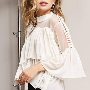 Tops - NWT! Elegant Mesh and Lace Flounce Sleeve Top